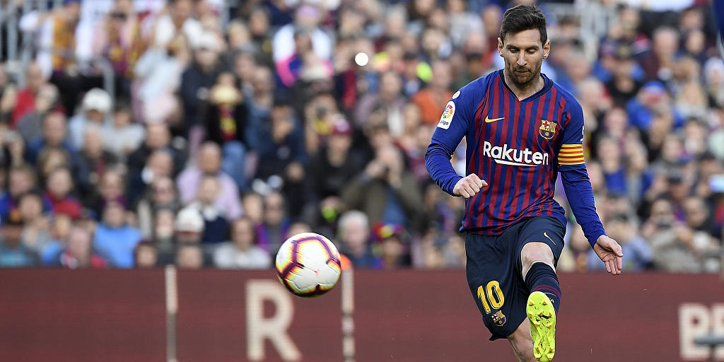 FC Barcelona Victory Over Atletico Madrid Sees Messi On The Same Level With Ronaldo
